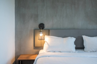 hotel_lighting_bedside_wall_lamp_global_hardware-comp