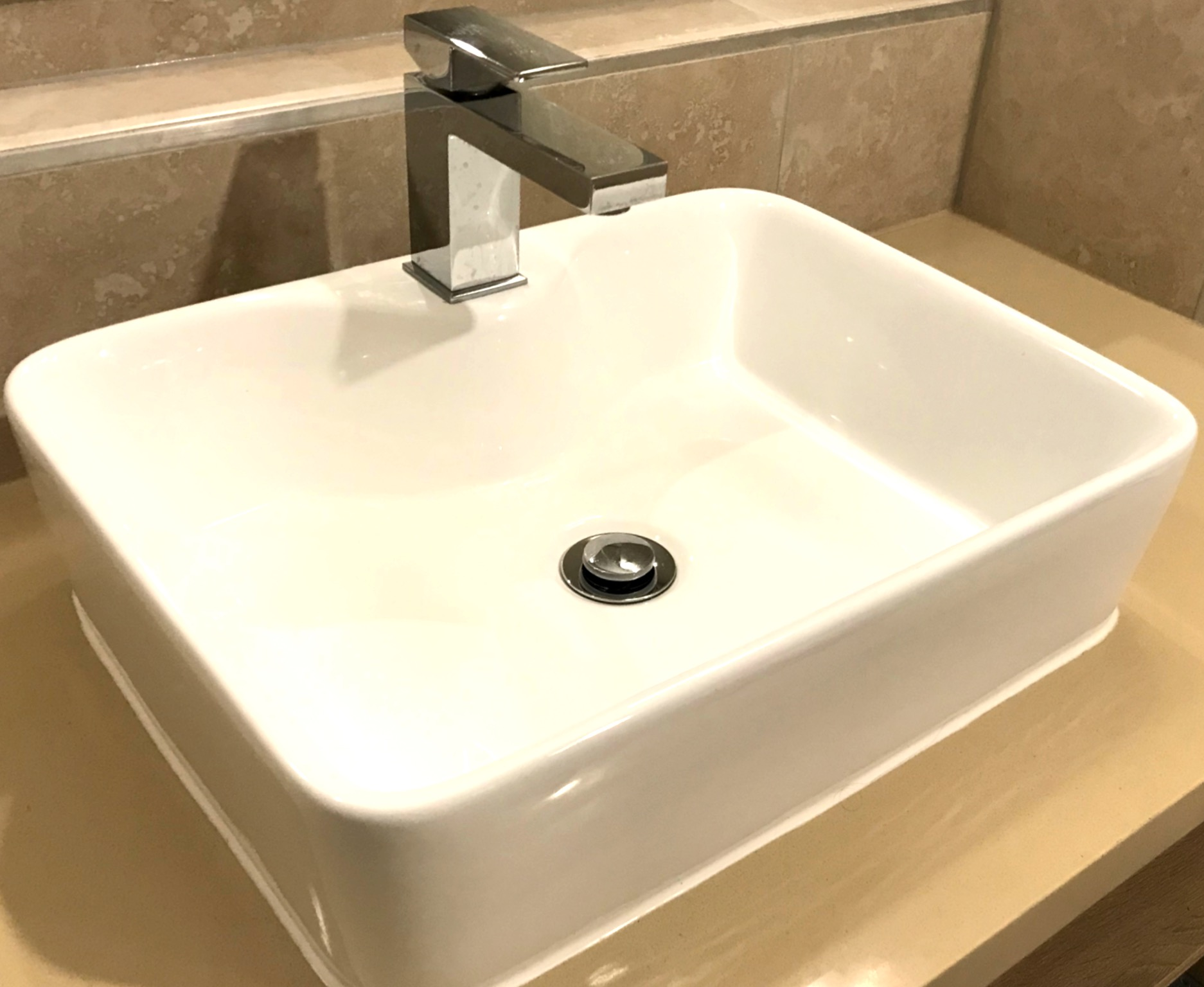 hotel_basin_tap_bathroom
